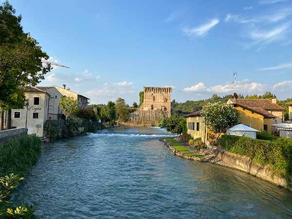 Valeggi fiume Mincio