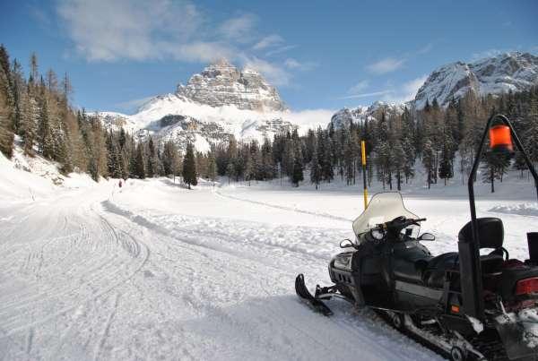 motoslitta in montagna